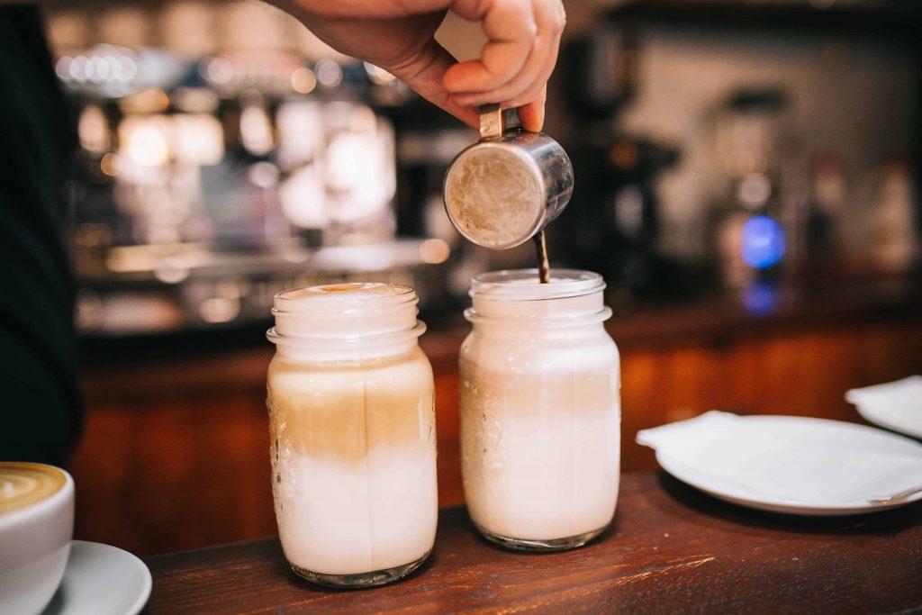 dos macchiato latte