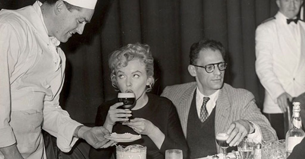chef joe sheridan junto a marilyn monroe