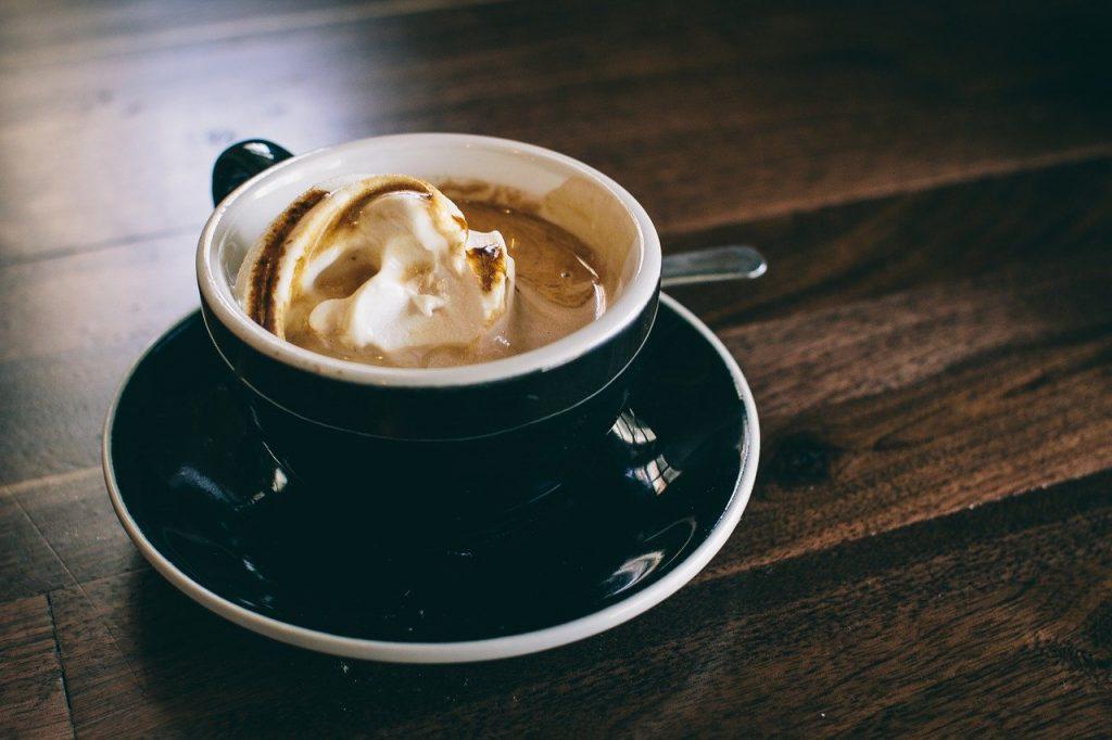 como preparar café affogato