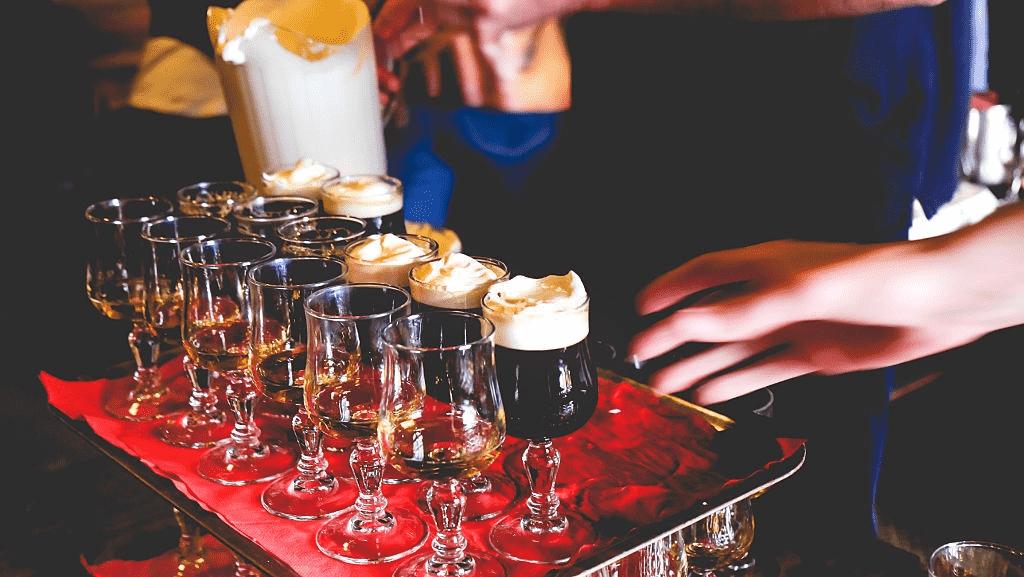 preparación-del-café-irlandés