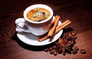 Café con canela afecta el rendimiento de los atletas